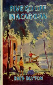 Famous Five 5: Five Go Off in a Caravan by Enid Blyton